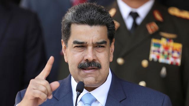 """Maduro: """"Le corresponde a Duque solicitarme el regreso de 3 lanchas de la Armada colombiana, y en este caso serán regresadas de manera inmediata"""""""