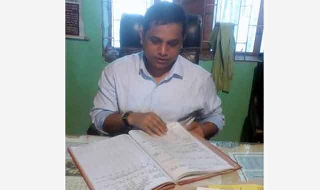 মেলান্দহ ইউএনও'র স্কুল পরিদর্শন