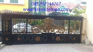 pagar klasik taman mahkota