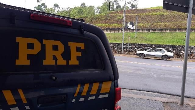 PRF e DEPEN prendem dois ladrões de carga em Cajati