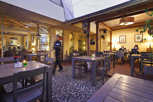 7 Tempat Makan Romantis di Jogja