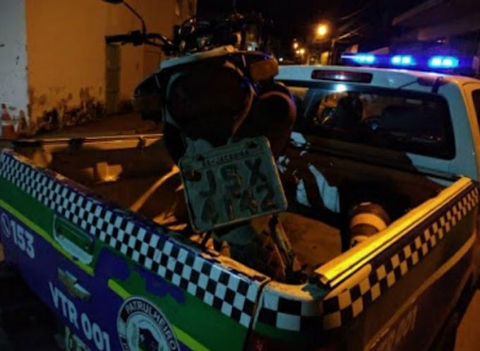 Moto abandonada no centro de Jacobina havia sido furtada pouco antes