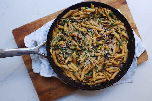 One Pan Mushroom and White Wine Pasta