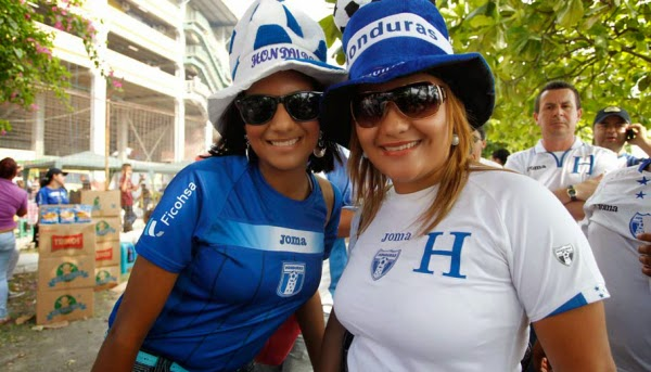 Olympic Games Rio 2016: sexy hot girls, fans, athletes, beautiful woman supporter of the world. Pretty amateur girls, pics and photos. Brazil 2016. Honduras hondureñas