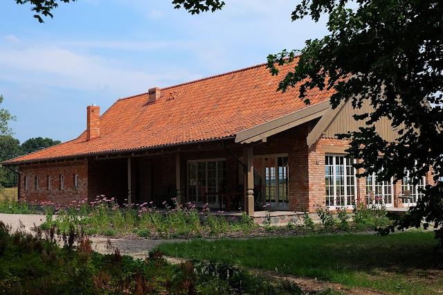 Kwietne Łąki www.soclosesogood.pl