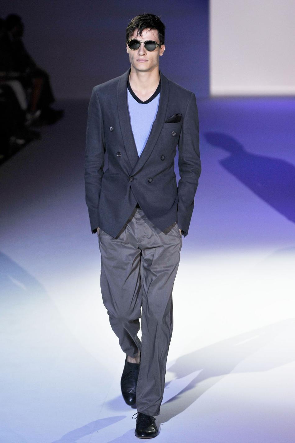 Armani mans Coats   Giorgio Armani suits for men 2011-2012 ...