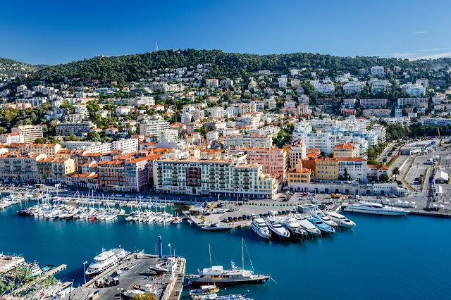 Passeio no Porto de Nice