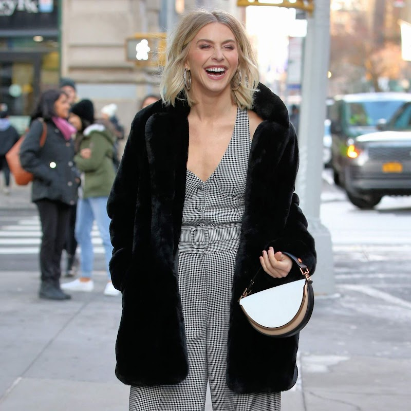 Julianne Hough Arrives at Buid Series in New York 3 Dec-2019