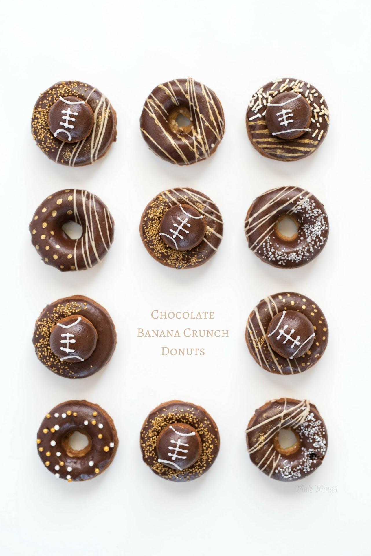 baked donut recipe, chocolate doughnuts, football dessert recipe, football party ideas, football doughnuts, gold doughnuts, gold desserts, gold party ideas, banana dessert, tailgating, unique football food