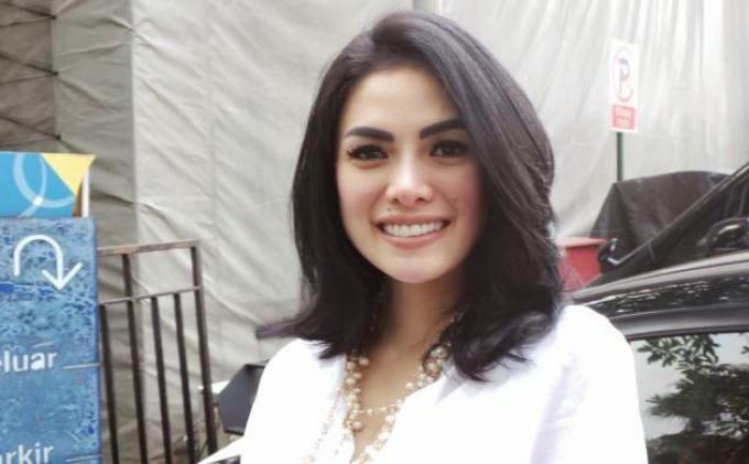 Citra Bloger Gaya Rambut Nikita Mirzani Terbaru