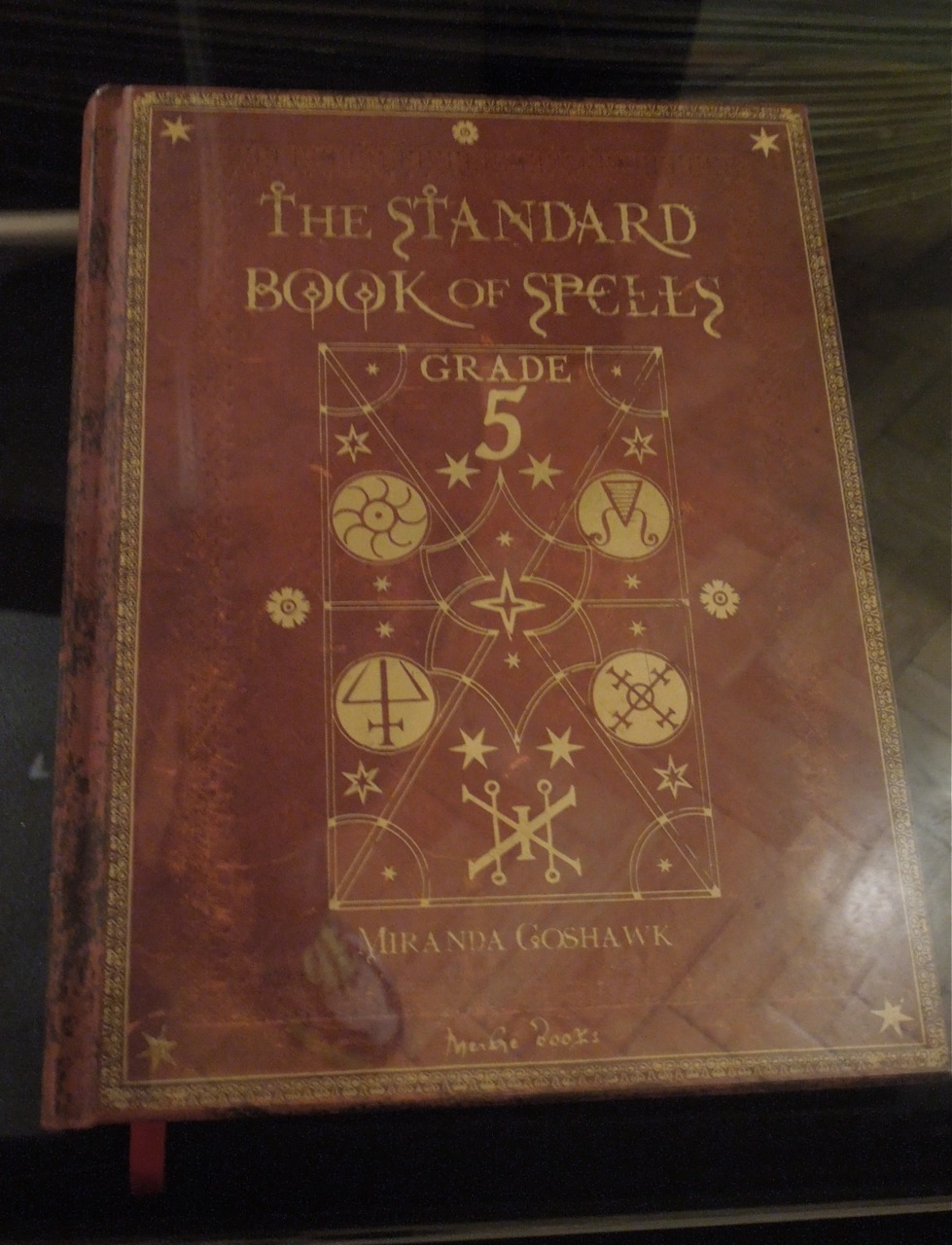 Hollywood Movie Costumes And Props Hogwarts Spell Books