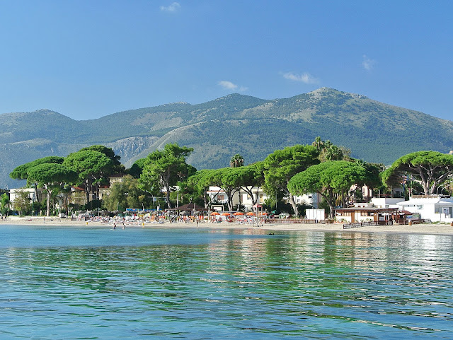 okolice Palermo, Mondello, plaża