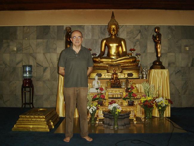 Con otro Buda en otra sala