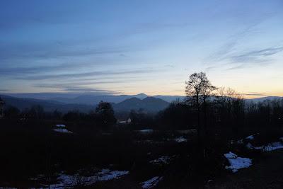 Sokoliki w Rudawach Janowickich, a dokładnie między nimi - Śnieżka