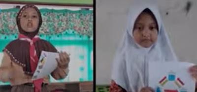 6689 Surat dari seluruh Indonesia telah datang ke Pak menteri. 2 surat dari guru dan 2 surat dari murid yang dibacakan langsung oleh Bapak Menteri Pendidikan yakni Pak Nadiem Anwar Makarim