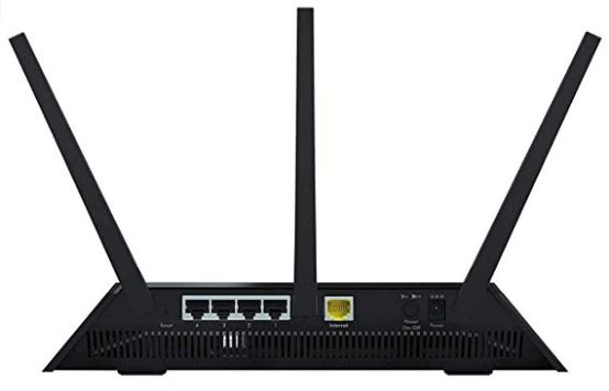 Netgear R6700 Nighthawk AC1750 back view