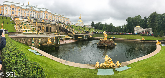 Jardines del Palacio de Peterhof, excursion desde San Petersburgo