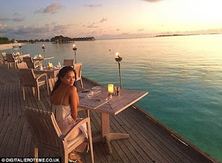 263702FB00000578 2974835 Summer daze Shanina Shaik has been chasing the sun heading to th a 44 1425247181107.jpg