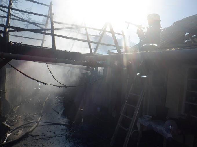 Tűz ütött ki a bélapátfalvai tárolóban, a gazda súlyosan megsérült