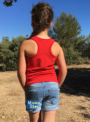 fef126bfa8c While on vacation in the south of France, Nienke of Pienkel Patterns also  released the Fjara Tank Top for babies. This one is a free pattern, ...