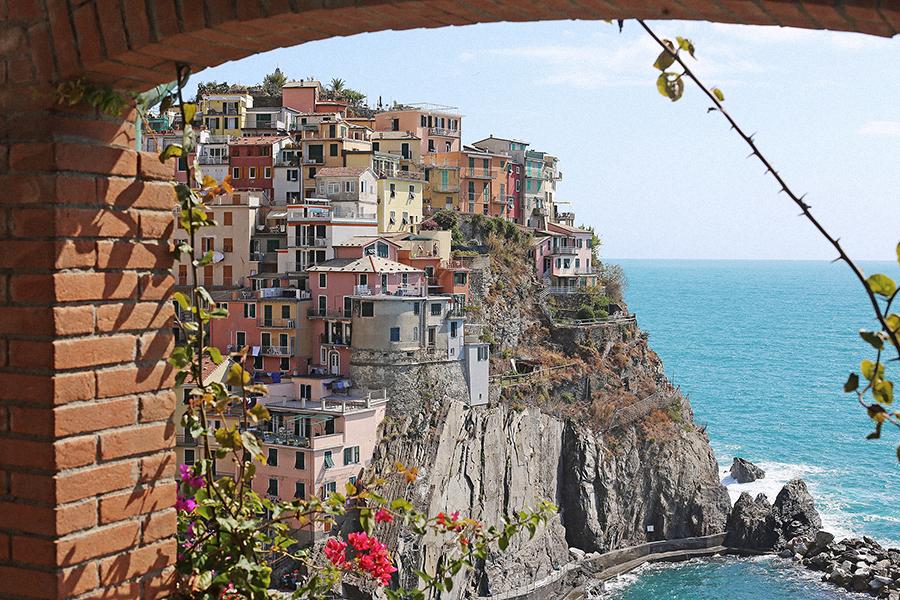 Cinque Terre, Italy: Riomaggiore, Manarola, Monterosso, Corniglia, Vernazza by Posh, Broke, & Bored