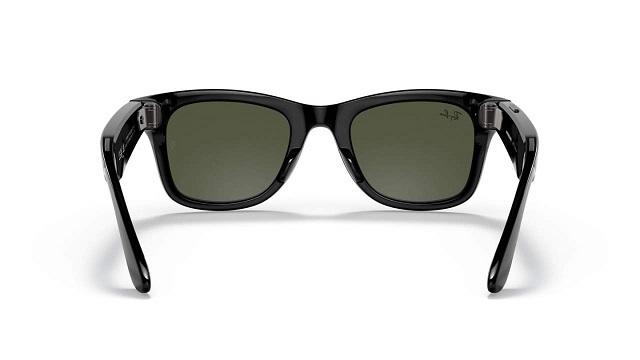ما الذي يميز نظارات فيسبوك Ray-Ban Stories