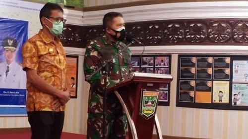 Batal Disuntik Vaksin, Gubernur Irwan Prayitno Tegaskan Sinovac Aman dan Halal