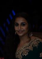 Vidya Balan looks super cute in Saree 009.jpg