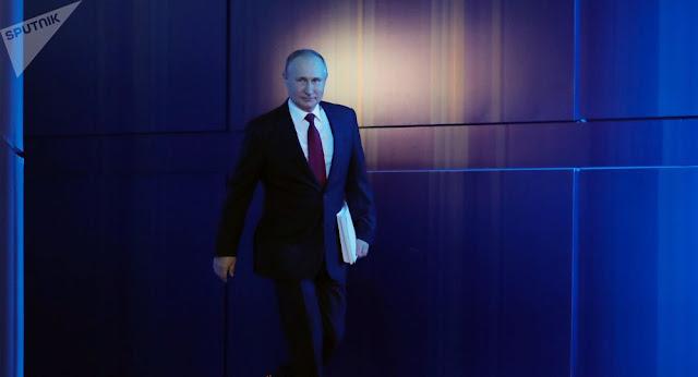 بوتين يعقد اجتماعا مع مجلس الوزراء الجديد