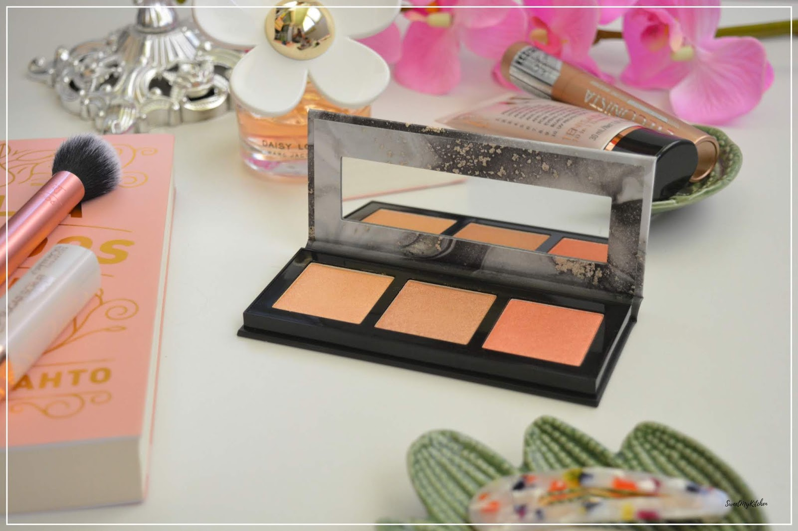 Catrice Luminice palette review