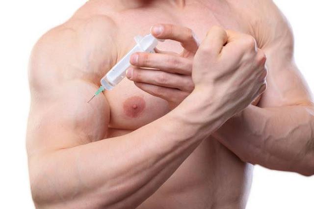 Nova moda perigosa: injetar óleo de coco para ganhar músculos