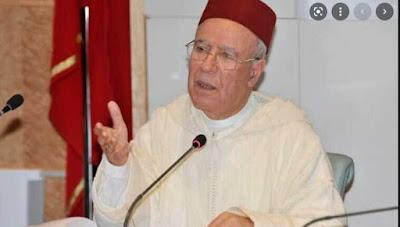 الوزير احمد التوفيق يحذر خطباء المساجد من الخوض في هذه المواضيع ويهدد بإعفائهم فورا