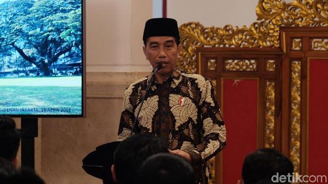 Jokowi Sebut Nama Cawapresnya Berinisial 'M'