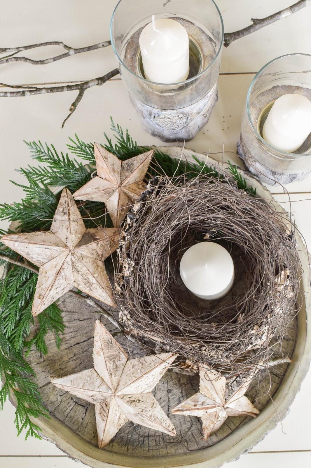 DIY Deko für den Winter und Advent auf eurem Tisch. Adventsdeko Schale Dekoidee Sterne natürlich dekorieren Weihnachten