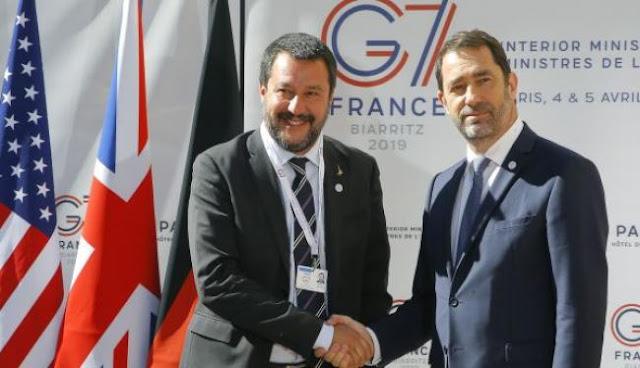 Σαλβίνι: «Γερμανία και Γαλλία έκαναν τον Νότο αποθήκη ψυχών»