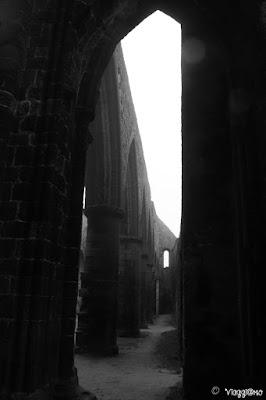Scorci dell'abbazia di Saint Mathieu