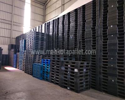 Pallet Plastik Bekas 1400x1100x150 mm