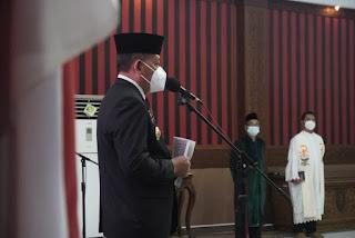 Bupati Paolus Hadi Lantik 4 Pejabat Pimpinan Tinggi Pratama dan 1 Pejabat Fungsional Auditor Ahli Madya di Lingkungan Pemkab Sanggau