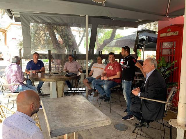 Τι συζήτησαν ο Γ. Ανδριανός και οι επαγγελματίες εστίασης στο Ναύπλιο (βίντεο)