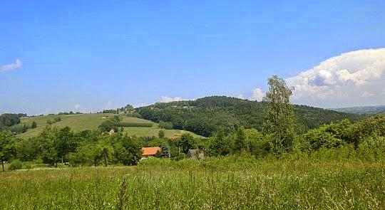 Goryczkowiec, Dzwonek (375 m n.p.m.).