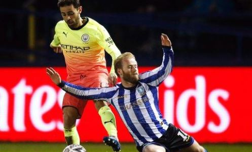 FA Cup: Manchester City defeat Sheffield Wednesday to reach quarter-finals