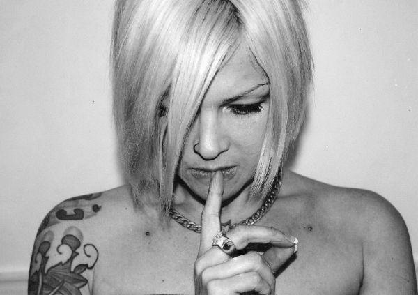 Portrait de Katy fondatrice de Body Steel Piercing à Marseille