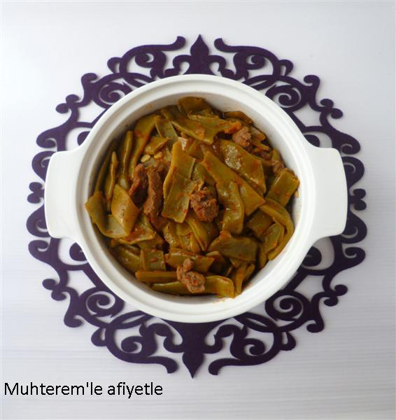 green beans with meat