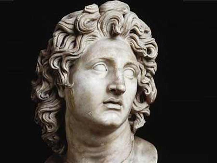 هل الإسكندر الاكبر هو ذو القرنين