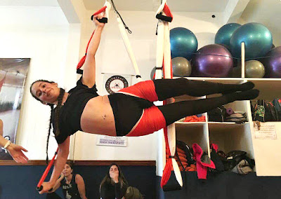 aeroyoga brasil, aerial yoga brasil, aeroyoga portugal, yoga aéreo brasil, yoga aéreo portugal, formação aeroyoga, formação aeropilates, aeropilates brasil, pilates aéreo, cursos online, formação online,