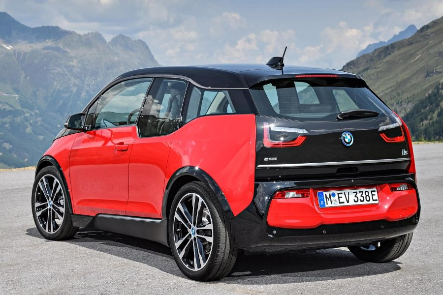 2018 bmw i3 and i3s unveiled autoesque. Black Bedroom Furniture Sets. Home Design Ideas