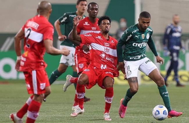 CRB elimina o Palmeiras e vai às oitavas da Copa do Brasil