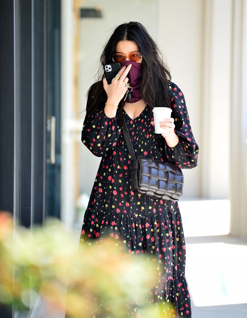 Jessica Gomes Spotted Outside  in Los Angeles 28 May -2020