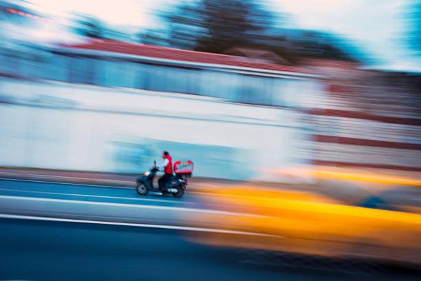 Coursier moto ile de France