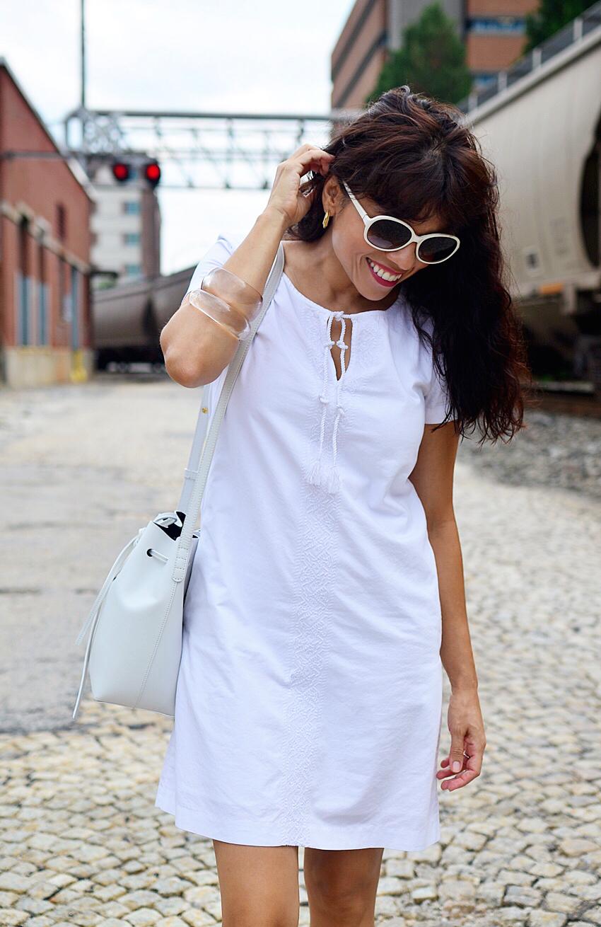 Outfit with white shift dress